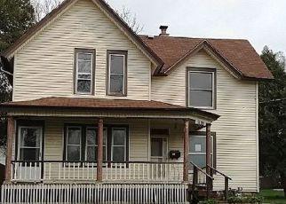 Casa en ejecución hipotecaria in Rockford, IL, 61104,  5TH AVE ID: F4141224