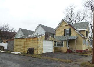 Casa en ejecución hipotecaria in Watertown, NY, 13601,  LERAY ST ID: F4141542
