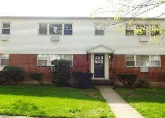 Casa en ejecución hipotecaria in Bridgeport, CT, 06606,  CHERRY HILL DR ID: F4141930
