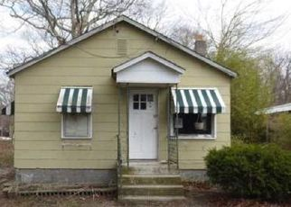 Casa en ejecución hipotecaria in Riverhead, NY, 11901,  RIVERLEIGH AVE ID: F4141932