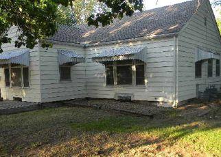 Casa en ejecución hipotecaria in Wichita, KS, 67208,  N EDGEMOOR ST ID: F4142094