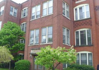 Casa en ejecución hipotecaria in Elgin, IL, 60120,  E CHICAGO ST ID: F4142114