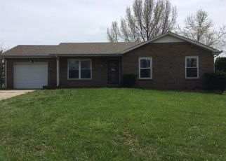 Foreclosure Home in Clarksville, TN, 37042,  BOB WHITE DR ID: F4142367