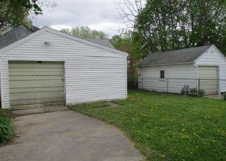 Casa en ejecución hipotecaria in Lansing, MI, 48910,  GEORGE ST ID: F4142736