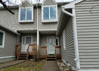Casa en ejecución hipotecaria in Hamden, CT, 06514,  PINE ROCK AVE ID: F4143839