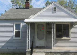 Casa en ejecución hipotecaria in Lincoln Park, MI, 48146,  LIBERTY AVE ID: F4144080