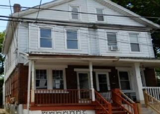 Casa en ejecución hipotecaria in Trenton, NJ, 08638,  CAIN AVE ID: F4144151
