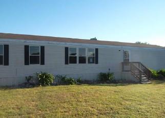 Casa en ejecución hipotecaria in Elmendorf, TX, 78112,  NORRIS WEST DR ID: F4144351