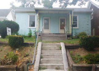 Casa en ejecución hipotecaria in Quincy, IL, 62301,  WASHINGTON ST ID: F4144973