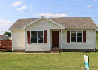 Casa en ejecución hipotecaria in Oak Grove, KY, 42262,  TIMBERLINE CIR ID: F4145469