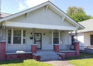 Casa en ejecución hipotecaria in Paducah, KY, 42001,  MARTIN LUTHER KING JR DR ID: F4146001