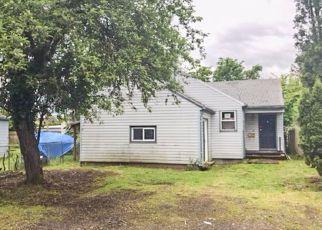 Casa en ejecución hipotecaria in Portland, OR, 97206,  SE 68TH AVE ID: F4146346