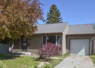 Casa en ejecución hipotecaria in Idaho Falls, ID, 83404,  E 15TH ST ID: F4146631