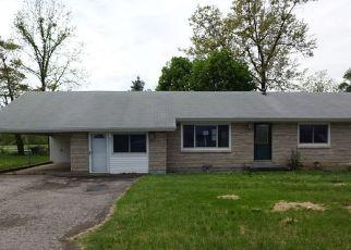 Casa en ejecución hipotecaria in Radcliff, KY, 40160,  S WOODLAND DR ID: F4147011