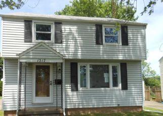 Casa en ejecución hipotecaria in Canton, OH, 44714,  MILFORD ST NE ID: F4148303