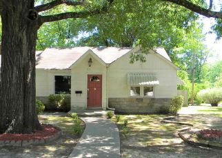 Casa en ejecución hipotecaria in Hot Springs National Park, AR, 71901,  LEVIN ST ID: F4148630