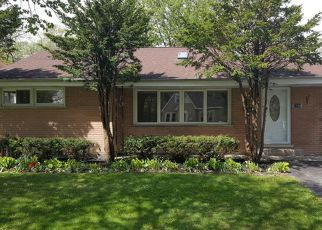 Casa en ejecución hipotecaria in Des Plaines, IL, 60018,  CENTER ST ID: F4148679