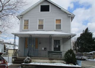 Casa en ejecución hipotecaria in Lansdowne, PA, 19050,  BEVERLY AVE ID: F4148917