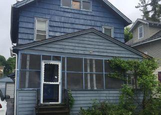 Casa en ejecución hipotecaria in Syracuse, NY, 13205,  WARNER AVE ID: F4149045
