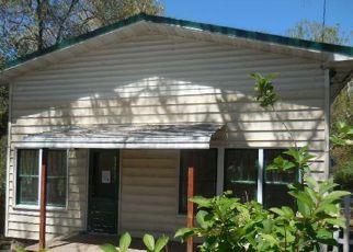Casa en ejecución hipotecaria in Newcastle, WY, 82701,  W WOODSTOCK ST ID: F4149422