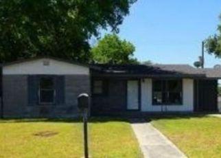 Casa en ejecución hipotecaria in San Antonio, TX, 78221,  KOPPLOW PL ID: F4149488