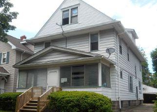 Casa en ejecución hipotecaria in Rochester, NY, 14613,  MAGEE AVE ID: F4150381