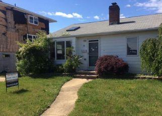 Casa en ejecución hipotecaria in Freeport, NY, 11520,  W 4TH ST ID: F4150936