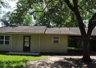 Casa en ejecución hipotecaria in Cleveland, TX, 77327,  N HOLLY AVE ID: F4151187