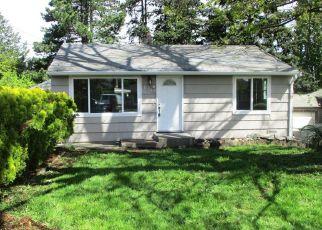 Casa en ejecución hipotecaria in Seattle, WA, 98168,  S 107TH ST ID: F4151253