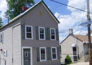 Casa en ejecución hipotecaria in New Brunswick, NJ, 08901,  THROOP AVE ID: F4151481