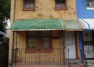 Casa en ejecución hipotecaria in Philadelphia, PA, 19144,  E SHEDAKER ST ID: F4151487