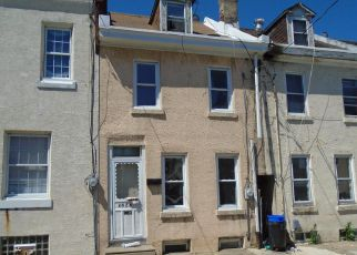 Casa en ejecución hipotecaria in Philadelphia, PA, 19124,  PLUM ST ID: F4151541