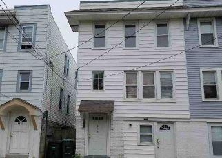Casa en ejecución hipotecaria in Atlantic City, NJ, 08401,  WISTERIA RD ID: F4151622