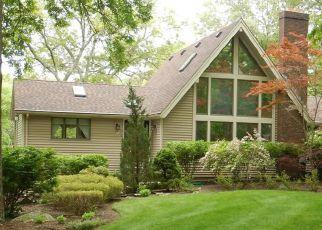 Casa en ejecución hipotecaria in East Greenwich, RI, 02818,  MOOSEHORN RD ID: F4151780