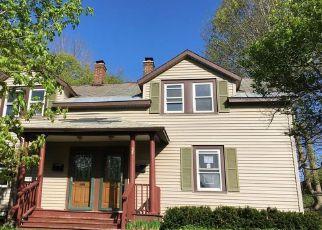 Casa en ejecución hipotecaria in Berkshire Condado, MA ID: F4152457