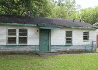 Foreclosure Home in Shreveport, LA, 71106,  W 77TH ST ID: F4153096