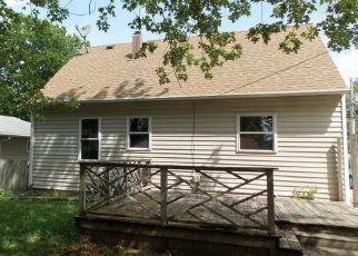 Casa en ejecución hipotecaria in Austin, MN, 55912,  1ST AVE NE ID: F4153637
