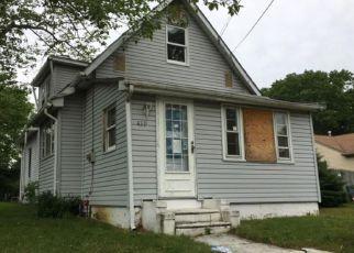 Casa en ejecución hipotecaria in Woodbury, NJ, 08096,  PINE AVE ID: F4154346