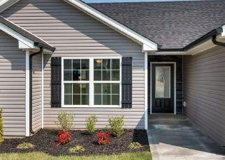 Casa en ejecución hipotecaria in Clarksville, TN, 37042,  WHITEHALL DR ID: F4154435