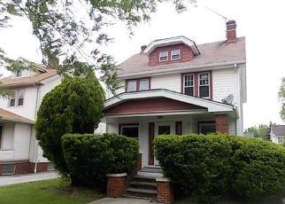 Casa en ejecución hipotecaria in Cleveland, OH, 44112,  HENDERSON RD ID: F4154620