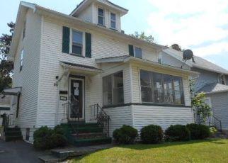 Casa en ejecución hipotecaria in Rochester, NY, 14619,  ROSALIND ST ID: F4154656