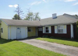 Casa en ejecución hipotecaria in Willingboro, NJ, 08046,  MADESTONE LN ID: F4154693