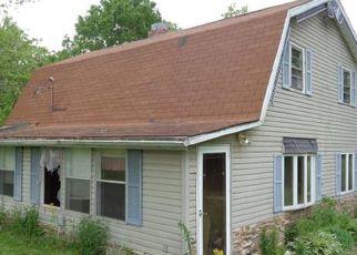 Casa en ejecución hipotecaria in Bond Condado, IL ID: F4154846