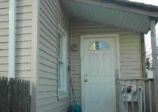 Casa en ejecución hipotecaria in Island Park, NY, 11558,  BRIGHTON RD ID: F4155532