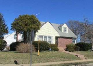 Casa en ejecución hipotecaria in Uniondale, NY, 11553,  PARK AVE ID: F4155535