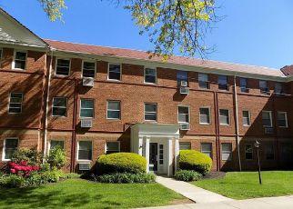 Casa en ejecución hipotecaria in Cleveland, OH, 44118,  CEDAR RD ID: F4155607