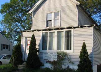 Casa en ejecución hipotecaria in West Haven, CT, 06516,  4TH AVE ID: F4156484