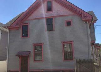 Casa en ejecución hipotecaria in Providence, RI, 02908,  REGENT AVE ID: F4156934