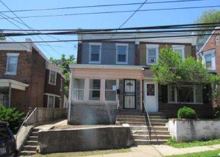 Casa en ejecución hipotecaria in Darby, PA, 19023,  PINE ST ID: F4156953