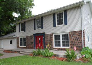 Casa en ejecución hipotecaria in Carthage, MO, 64836,  E 14TH ST ID: F4157461